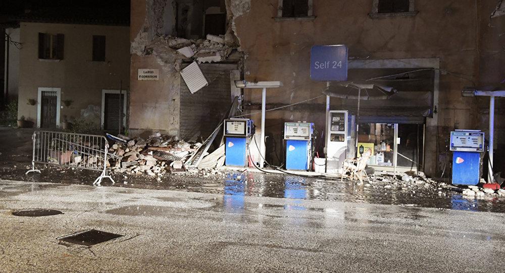 Вцентре Италии случилось 200 подземных толчков засутки
