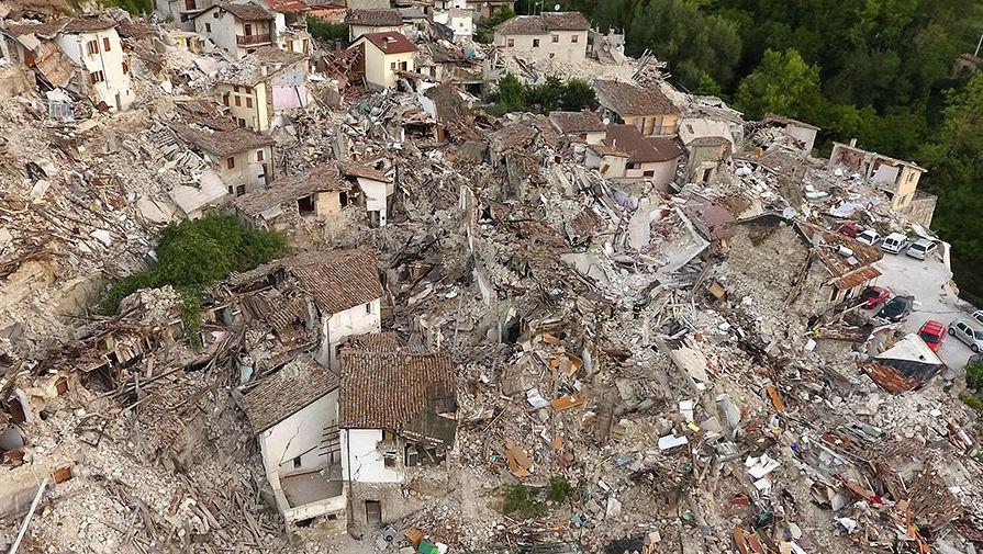 ВИталии взоне последнего землетрясения земная поверхность просела на70см