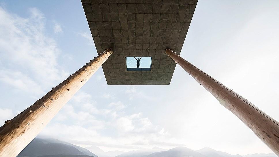 ВАльпах Италии построили самый экстремальный вмире бассейн