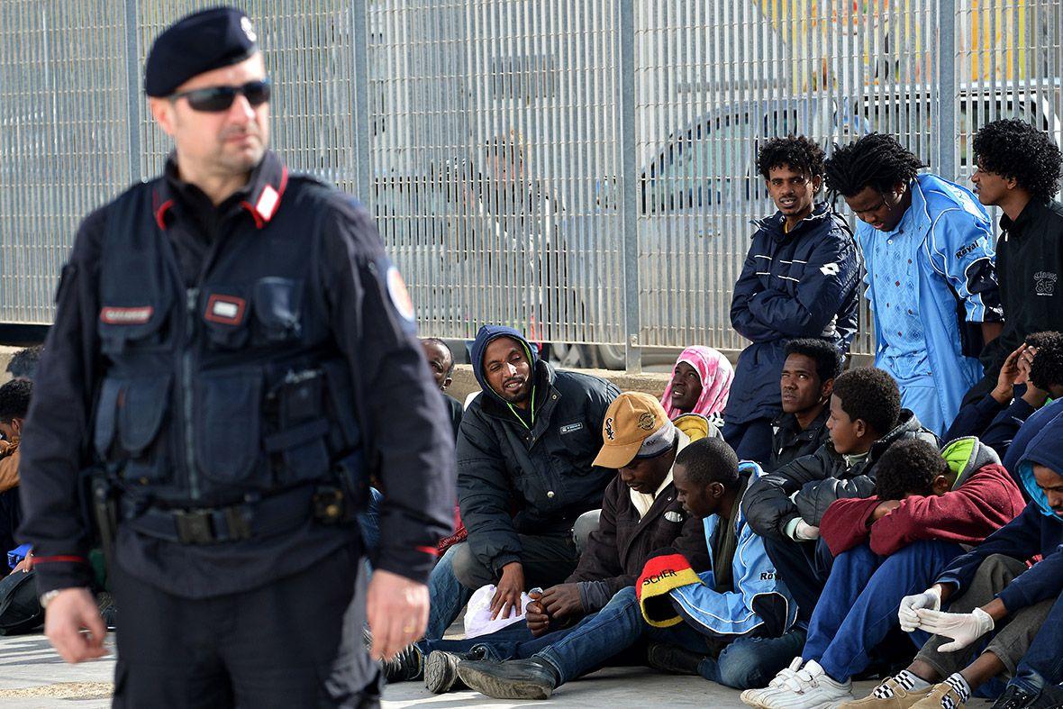 Италия несомненно поможет Африке финансированием вборьбе с незаконной миграцией